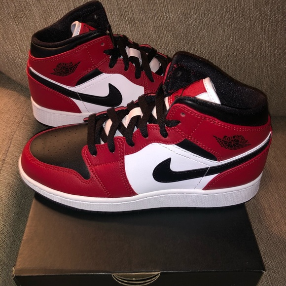 Jordan Shoes Air 1 Mid Chicago Black Toe Poshmark